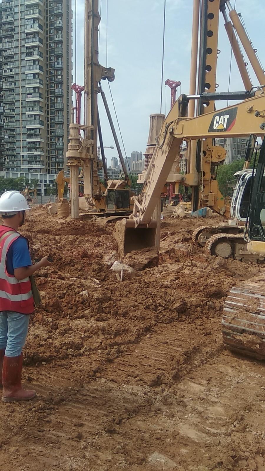 星河开市客项目桩基工程